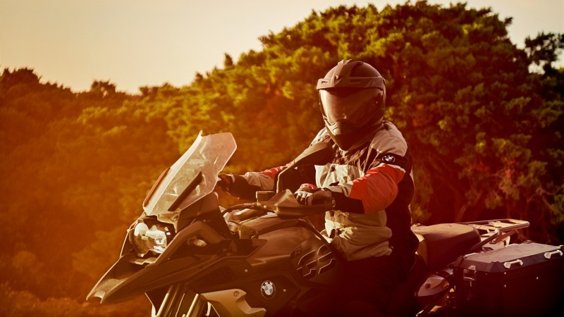 Новая коллекция экипировки BMW Motorrad 2018